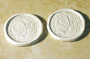 Пиратские монеты из полимерной глины