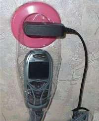 Приспособление для удобной зарядки телефона