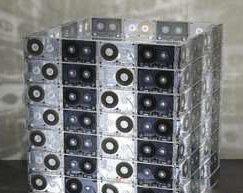 Светильник из аудиокассет