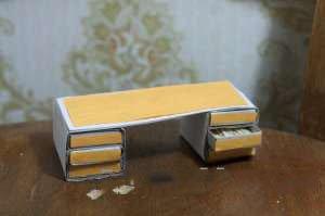 Мини-столик для хранения мелочей