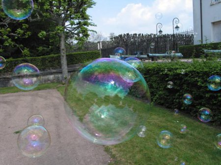 Мыльная жидкость для пускания мыльных пузырей