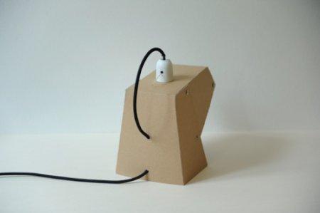 Настольная лампа из картона своими руками