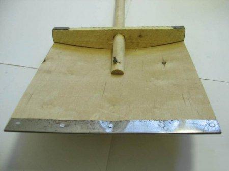 Снеговая лопата своими руками